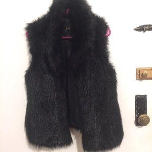 Jack. by BB Dakota black faux fur vest